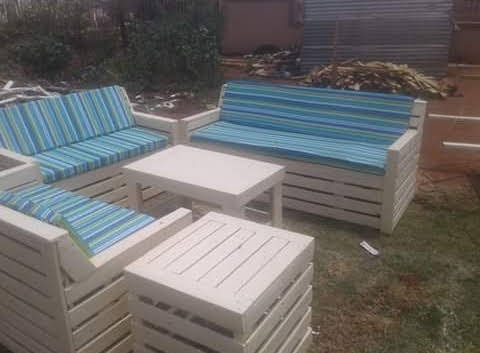 PALLET CHAIRS MANUFACTURE